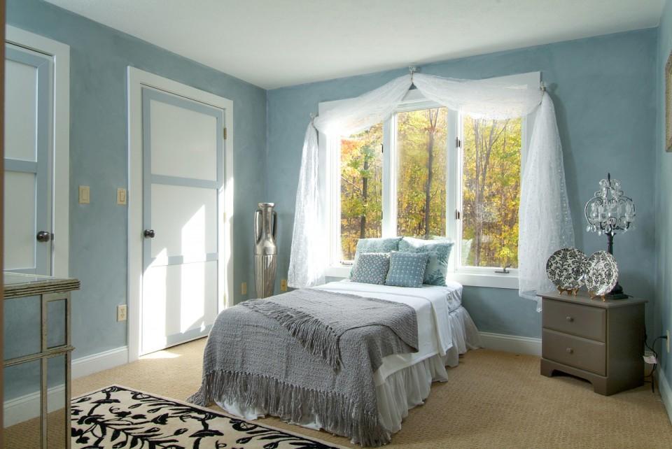 Calming Elegant Bedroom New England Design Elements