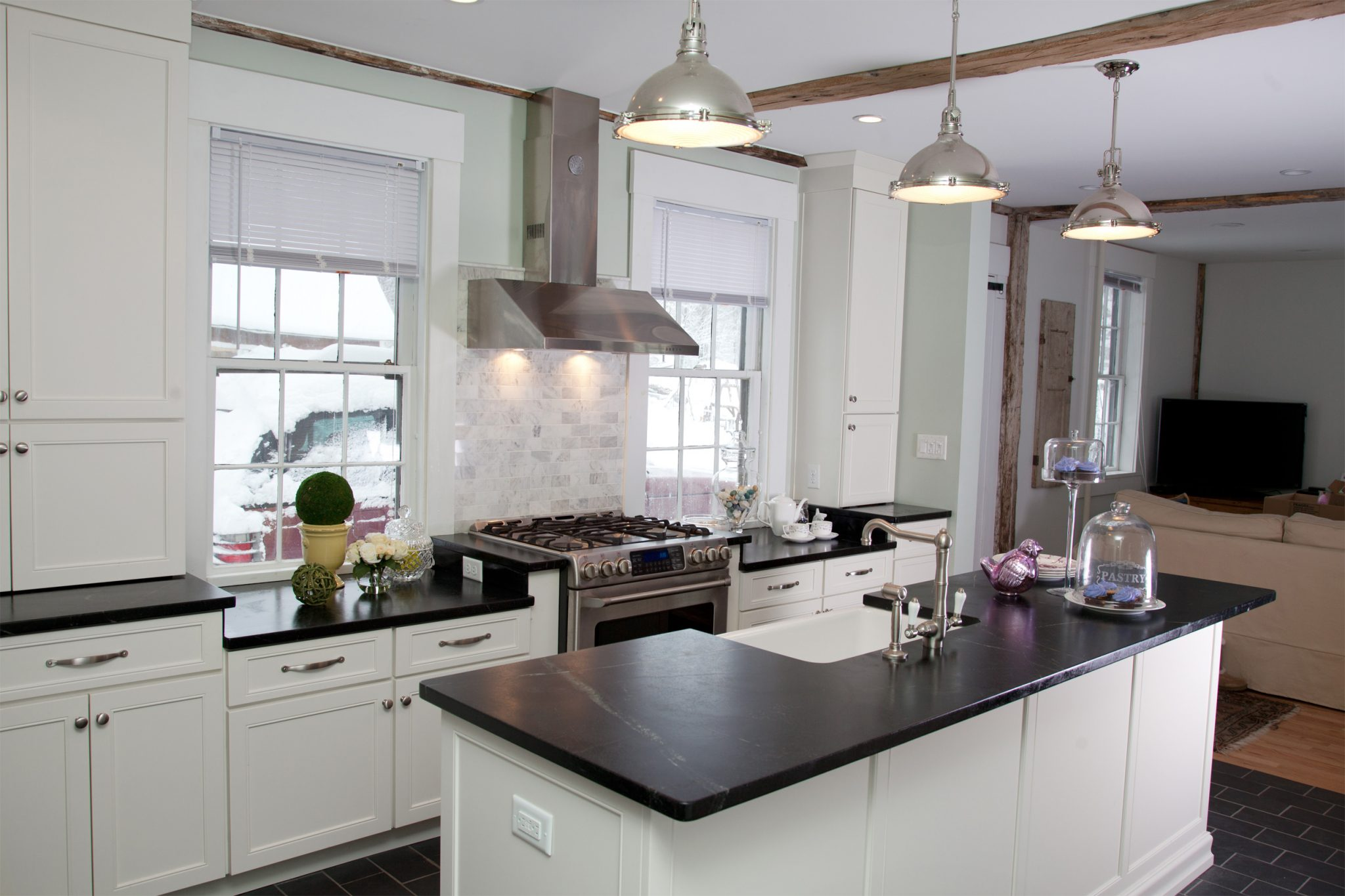 Traditional Kitchen Renovation in Derry, NH