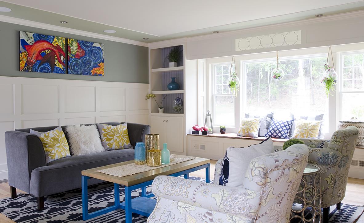 Colorful living room new england design elements for Room design elements